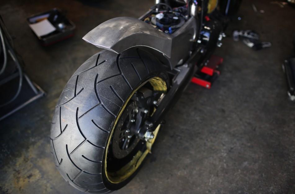 tire 03