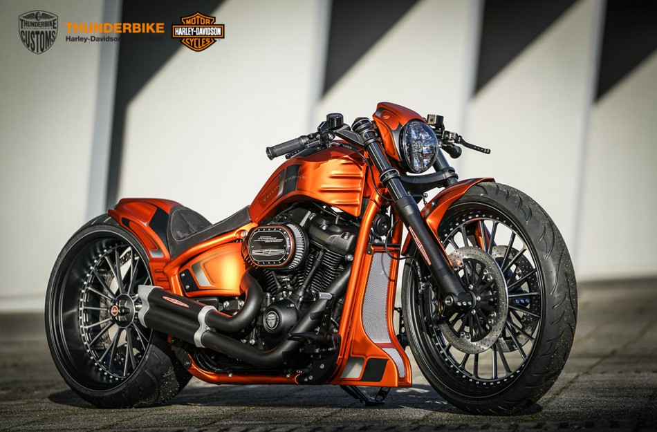Fotograf (写真家) Ben Ott for Thunderbike Harley-Davidson